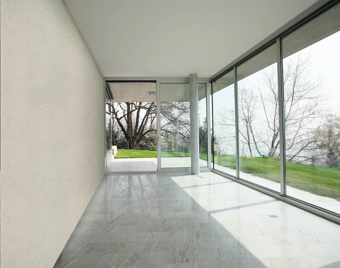 Decorazioni in polistirolo per soffitti cornici in for Rivestimento pareti interne in polistirolo